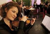 Abend in Schönbrunn Package 3: Schlossführung Dinner und Konzert - Klassisches Konzert und Schloss Schönbrunn in Wien mit einem fulminanten Abendessen