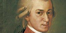 So könnte der junge Wolfgang Amadeus Mozart bei einem Konzert ausgesehen haben.